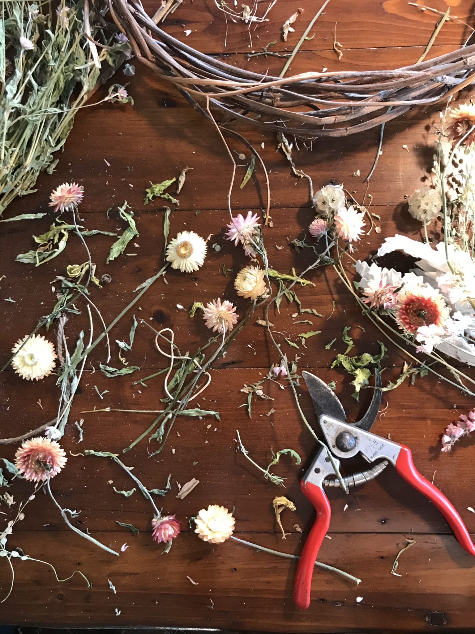 Wreath making tools
